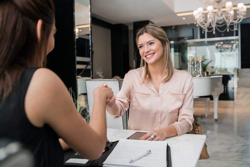 financial planner vs advisor
